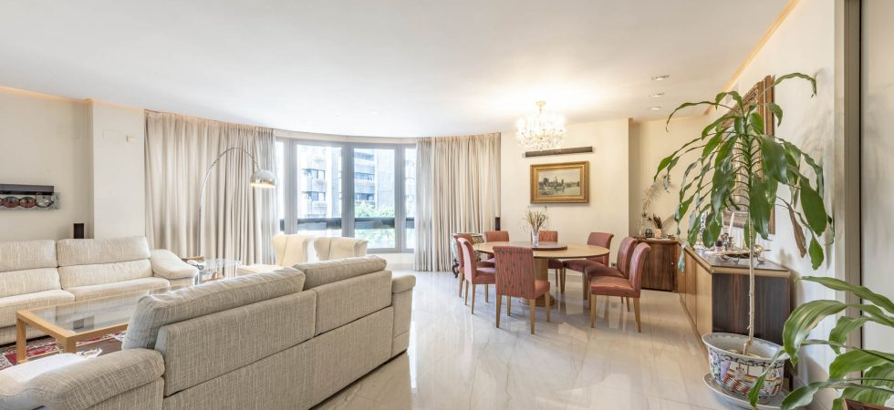 (English) Apartment with comodities